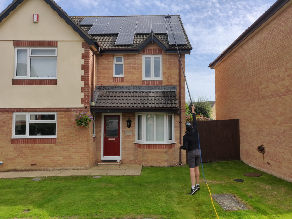 solar panel cleaning north devon